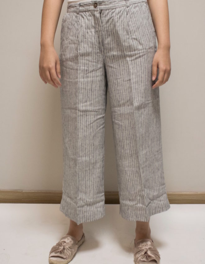 The Ladies Review: Postfold Pants